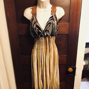Maxi dress-form fitting and comfy!